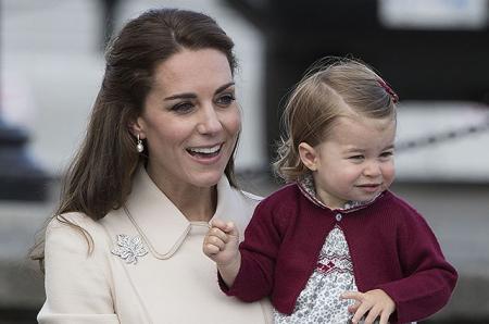 Кейт Миддлтон переживает за поведение своих детей на свадьбе сестры Пиппы