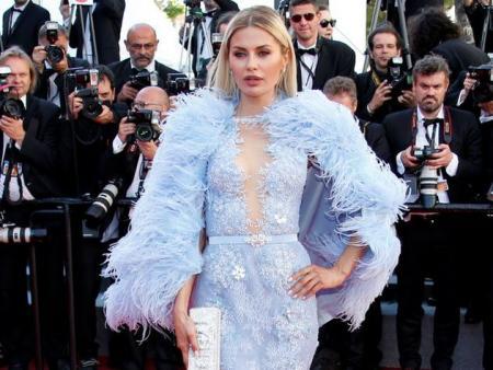 Боня в перьях попала в список самых нелепо одетых гостей Канн