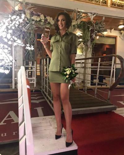 "Журнал MODA topical назвал Ольгу Бузову ""трендом года"""